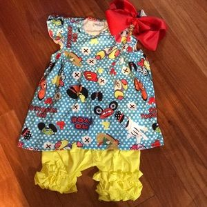 Other - Disney Short Set with Bow